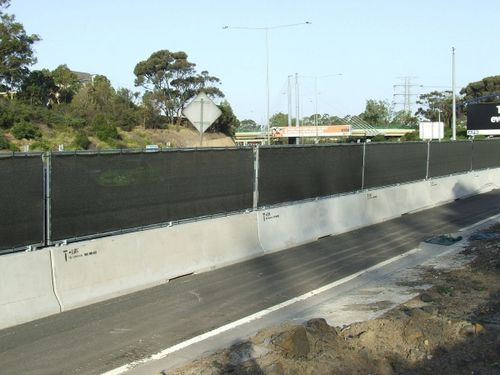 Concrete Pole Barriers : T lok concrete barrier road safety and rentals